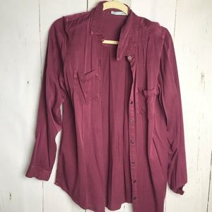 Cranberry chambray Button down